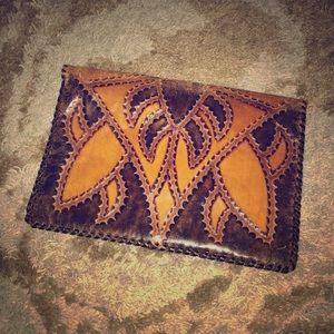 Accessories - Beautiful leather portfolio
